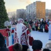 В Тынде на площади 25-летия БАМа состоялось открытие главной новогодней ёлки города и ледового городка