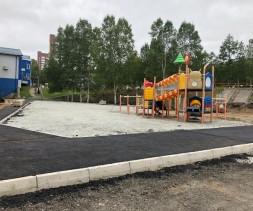 В Тынде развернулись масштабные работы по реконструкции детской площадки в районе площади 25-летия БАМа