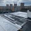В доме по Усть-Илимской, 5 подрядчик предотвращает возможные дальнейшие  протечки кровли до начала капитальных работ